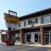 芝加哥商业地产经纪公司在帕拉蒂尼进行两次零售