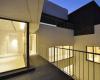 房产信息:位于科威特的AGi Architects岩房包裹着折纸状石材外墙