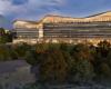 DiamondSchmittArchitects设计了渥太华公共图书馆的波浪形屋顶